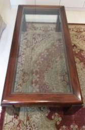 Linda mesa em mogno maciço e tampo de vidro, excelente estado de conservação