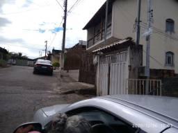 VENDE OU TROCO,por casa em contagem MG ou Belo Horizonte MG