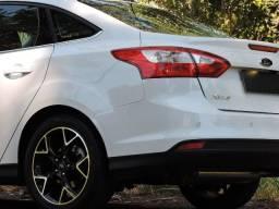 Ford Focus Sedan Titanium 2.0 2015 Impecável