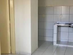 Alugo Apartamentos de 01 Quarto, no centro a partir de R$750,00