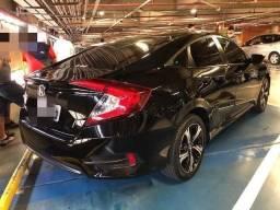 Honda Civic 2017 com Baixo km todas revisões na concessionária