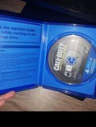 Jogo PS4 semi novo