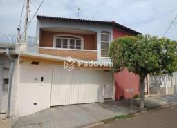 Título do anúncio: Casa à venda, 3 quartos, 2 suítes, 2 vagas, Vila Souto - Bauru/SP