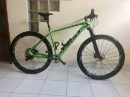 Bicicleta aro 29 first Athymus
