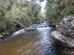 Título do anúncio: Terreno rural com rio em Bocaina do Sul