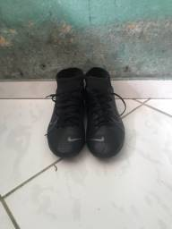 Chuteira Nike TAM 42