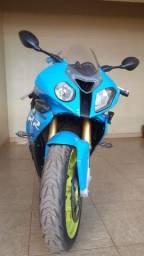 Motocicleta BMW S1000 RR