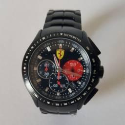 Relógio de Pulso Masculino Scuderia Ferrari Vivara.