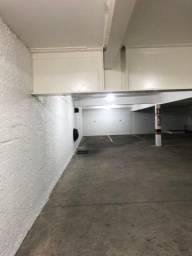 Aluga-se garagem