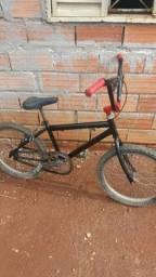 Bicicleta  so pega e levar aro 20