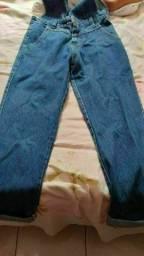 Jardineira jeans NOVA