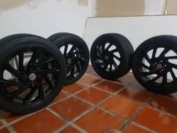 Roda 17, 5x100 com pneu em estado de novo