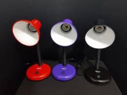 Título do anúncio: Luminária de mesa LuaTek