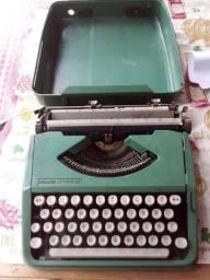 Título do anúncio: Máquina de escrever Olivetti Decoração