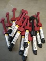 Título do anúncio: Kit com 14 resinas Z250 cores A2, A1