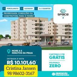 72* Apartamento com fino acabamento no piso porcelanato e elevador