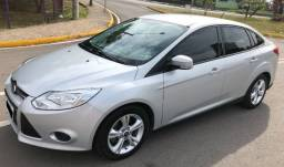 Focus Sedan S 1.6 16V Flex - Impecável