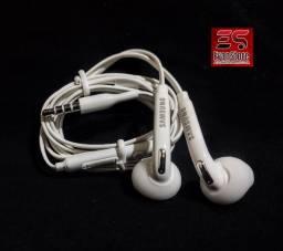 Título do anúncio: fone de ouvido samsung original j2 a30 a31 a72 s20 051