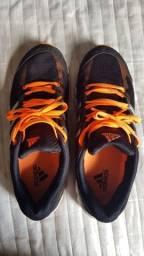 Tênis Adidas tamanho 39