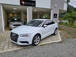 Título do anúncio: Audi A3 Sedan Ambiente Flex!! Carro muito novo!!