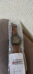 Relógio Curren novo na embalagem