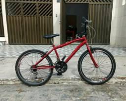 Vendo bicicleta aro24 ate por 250 eu entrego