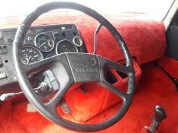 Vendo ou troco mb 1932 ano 86, boa de lata, mecanica, estofamento - 1986