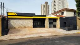 Jd. dos Estados-Comercial- 2 casas e piscina