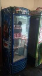 Vende -se um refrigerador usado marca pepsi