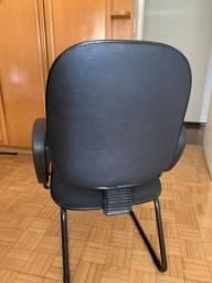 Cadeira espuma injetada