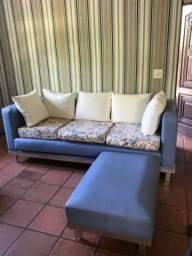 Sofá com Chaise em Courino Azul