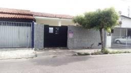 Casa ideal para Clínicas, grandes escritórios - Torre Rua Sinésio Guimarães