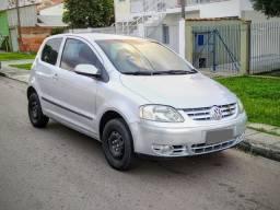 Volkswagen Fox 1.0 | 2004 | c/ Som, Alarme, Vidros e Travas Elétricas