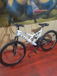 Bicicleta 1 ano d uso