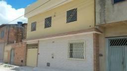 Duplex é 2 residência ótimo pra investir.otima localização