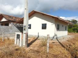 Casa Nova na Barra do Sul bairro salinas 600 metros da Praia.