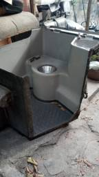 Título do anúncio: Banheiro usado para ônibus