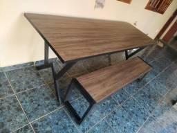 Mesa em metalon e mdf + banco