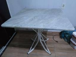 Título do anúncio: Mesa de mármore 80x80