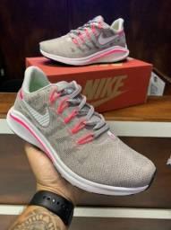 Tênis Nike zoom vomero