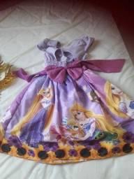 Título do anúncio: Vestido Rapunzel