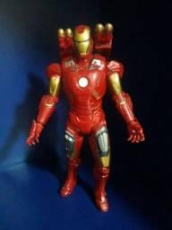 """Título do anúncio: Miniatura """"Homem de Ferro"""" (Avengers)"""