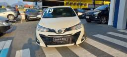 Título do anúncio: Toyota yaris xs 1.5 hatch 18/19