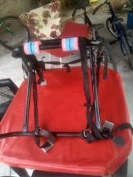 Suporte para carregar duas bicicletas semi novo