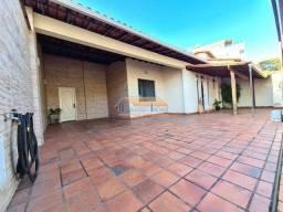 Título do anúncio: Casa à venda com 4 dormitórios em Itapoã, Belo horizonte cod:48609