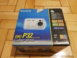 Caixa Sony Cybershot DSC-P32