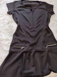 Vestido plus, preto em neoprene
