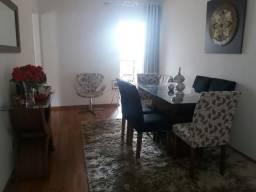 Apartamento 2 Quartos (1 suíte) c/Garagem - Jardim Larangeiras