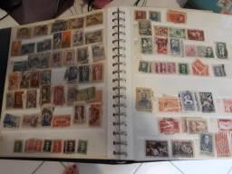 3 Albuns de coleção de selos de 1842 de 1982