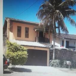 Casa Guaruja 150 m da praia com piscina